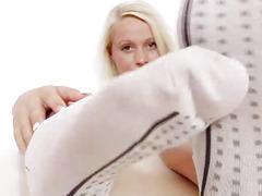 Lilith Lee feet closeups