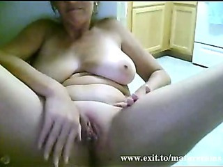 Porno Video of Solo Of Sex Addicted Granny From Australia