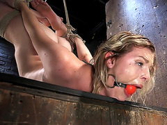 Hogtied menacing-fearsome Maximum Capacity in Extraordinary Predicament Thraldom