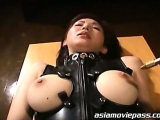 Porno Video of Asian Girlfriends Bukkake Fun