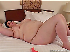 big beautiful woman lesbos fucking