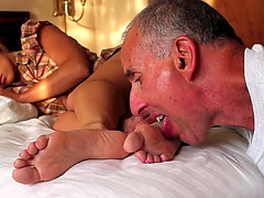 Vídeos porno HD de sleepy feet worship 03