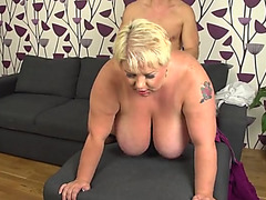 Fit stud fucking a fatty as her mambos bounce