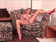 Lipstick and heels are hawt on a solo mother i'd like to fuck