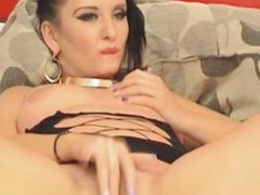 Breasty Hottie Finger Bonks her Taut Cunt On Livecam