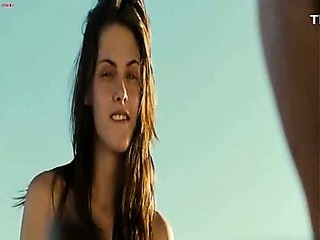 Porno Video of Kristen Stewart - Into The Wild