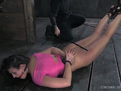 Cyd Darksome drubbing Penny Barber in her pink costume menacing-fearsome PornDoe