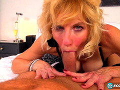 Vídeos Pornográficos HD de British Older Molly Bonks Like That Babe Was twenty