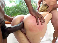 Vídeos porno HD de Briana Bounce Interracial Team Fuck