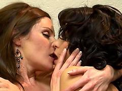 Vídeos Pornográficos HD de Lesbo Supermodel