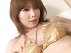 Rika Sakurai amazes with her consummate penis engulfing skills