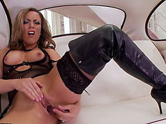 Voracious golden-haired wench Carmen Valentina bangs herself with a sex-toy