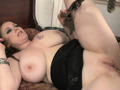 Desiree Deluca and Angelina Dark fucking hard with an old lad