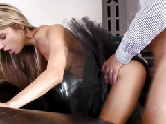 Glam eurobabe fucked into ass in stylish threeway
