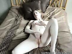 GF Masturbating On Bed