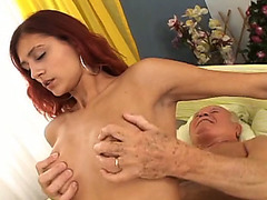 Redhead stunner engulfing wrinkled ramrod and then riding stud on top