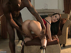 Giant darksome 10-Pounder is not a problem for sex-hungry slut Sandra Luberc