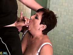 Young penis bangs a mature large gorgeous woman in her washroom