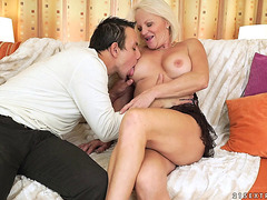 Older hottie called Anett enjoys yet one more dose of love tunnel spooning