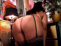 ANASTASIA LUX Older Housewife HD порно видео