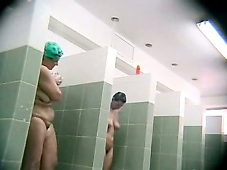 Porno Video of Plump In The Shower