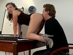 School Detention Butt Licker.fearsome Starring ;dominatrix T.menacing Vidéos pornos HD