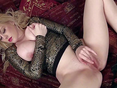 Large breasted temptress Brook Little playing with herself