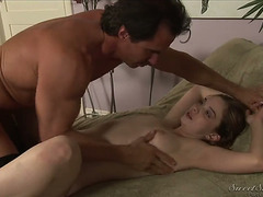 BLOND TERA DICE GETTING FACE HOLE POUNDED BY SCOTT STYLES