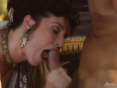 Voluptuous Queen getting her wet hawt vagina pounded by the king heavy rod