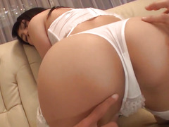 Reo Saionji shows off her naughty side in 3some scenes