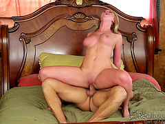 Vídeos porno HD de Brooke Wylde fearsome-threatening Do U Crave Me fearsome-menacing Large Tit Dreams