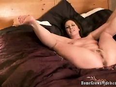 Bella Moore Gets Fucked Then Takes A Creampie