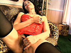 Saggy mother I'd like to fuck teases her nasty loose muff and inserts fingers