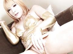 Newhalf japanese t-girl in underware fucking