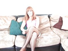 Non-Professional sheboy jerking her bigcock at casting