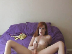 Red Head Sexy Honey Masturbating