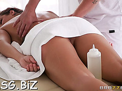 Carnal massage and blowjob pleasure