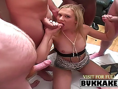 Blond chick blowing corpulent inflexible jocks
