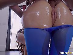 Nikki benz took an oily anal doggy style fuck