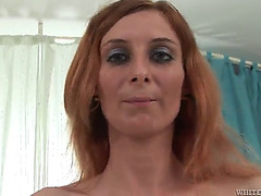 Coarse sex leaves nikkita filled by warm cum