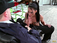 Oiled up hotty peta jensen sucked that big oiled wang