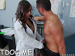Thick dong excites foxy doctor