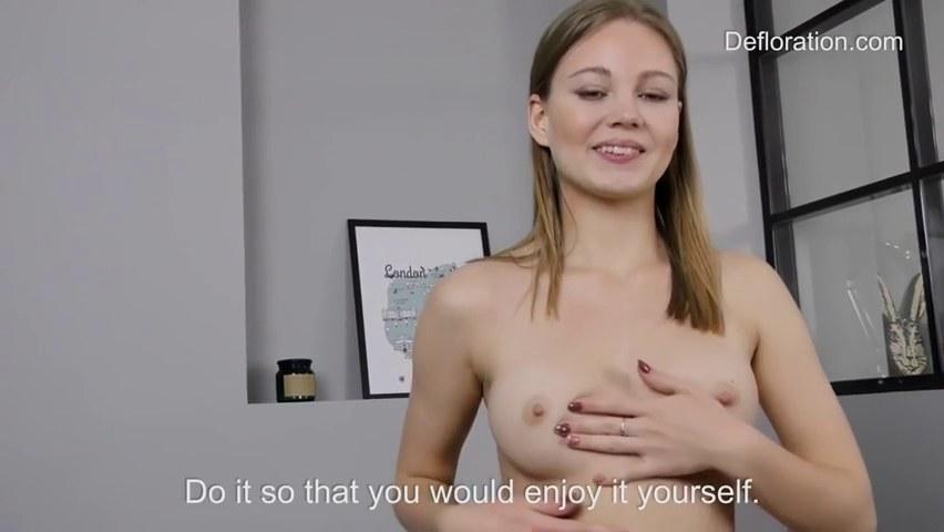 virgin non nude modell pics