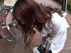 A date in a park with wicked yui hatano ends up with a fellatio in a car