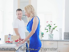 Puremature whip sperm kitchen fuck with aged alix lynx