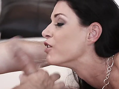 Monster schlong for insatiable dark brown india summer's luscious lips