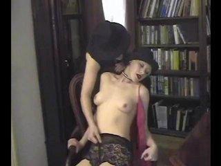 Porno Video of Retro Pussy Shave