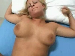 Porno Video of Creampie For The Gorgeous Fore...