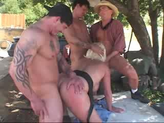 Porn Tube of Dana Hayes - Trailer Trash Moms