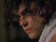 La donna lupo menacing(1999)